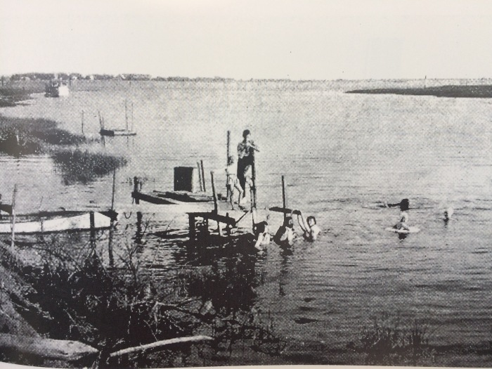 Swimming the basin 1940's