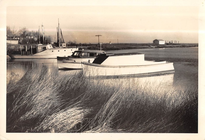 Yacht Basin with no docks